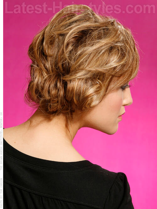 Short Faux Bob Hairstyle Back
