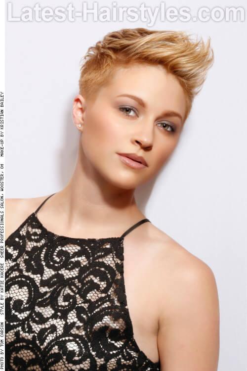 Peinado corto con Golden Ombre