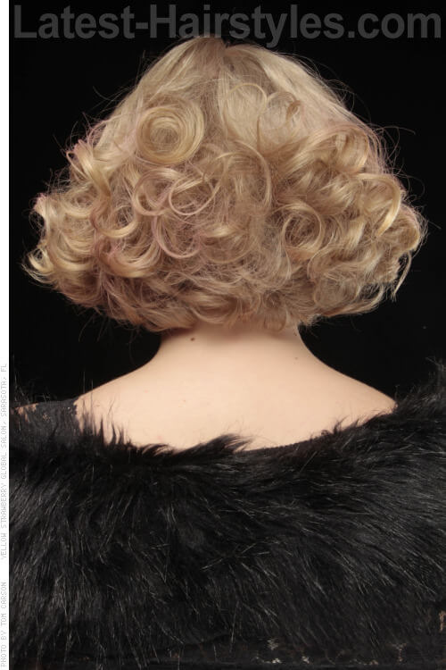 Triangular Bob with Curls Back