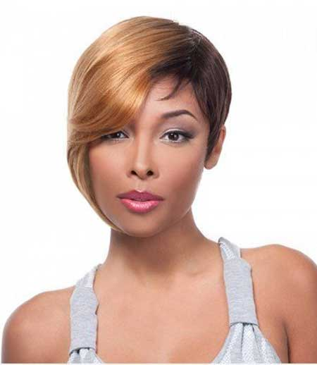 Tremendous 15 Short Weaves That Are Totally In Style Right Now Short Hairstyles For Black Women Fulllsitofus
