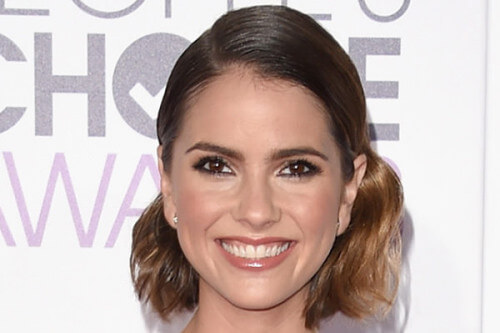 Shelley Hennig - Best Hairstyles of the 2016 People's Choice Awards