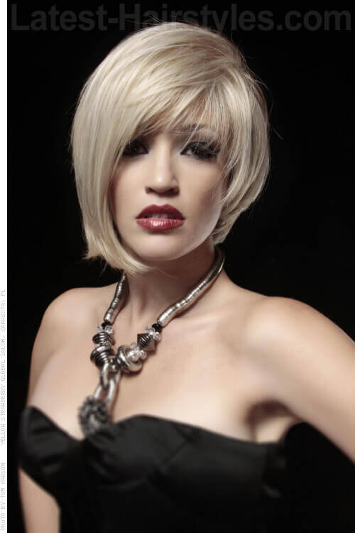 Asymmetric Bob for Straight Hair