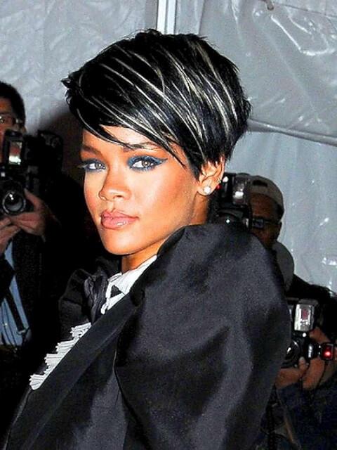 Rihanna Blonde Hair Highlight Ideas