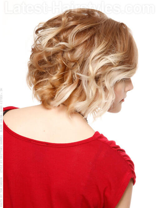 Short Bob Haircut with Curls Back