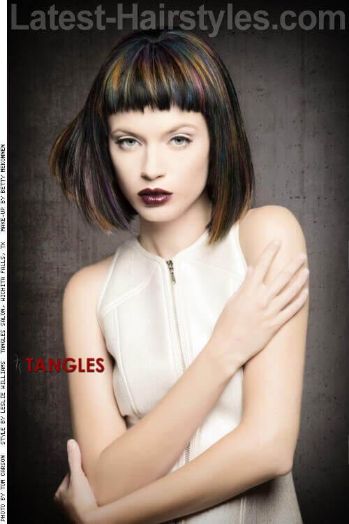 Modern Flapper Medium Hairstyle for Women
