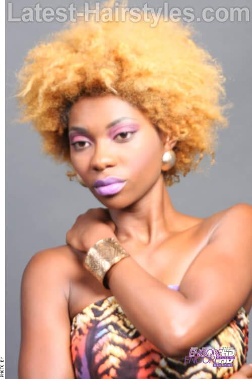 Afro Kinky Curls in Light Golden Blonde