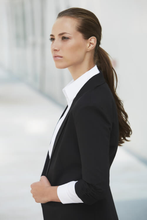 Low-Sleek-Ponytail-with-Waves
