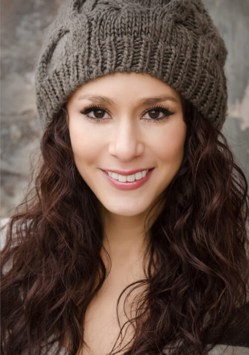 Naturally-Wavy-Boho-Hairstyle-with-Beanie