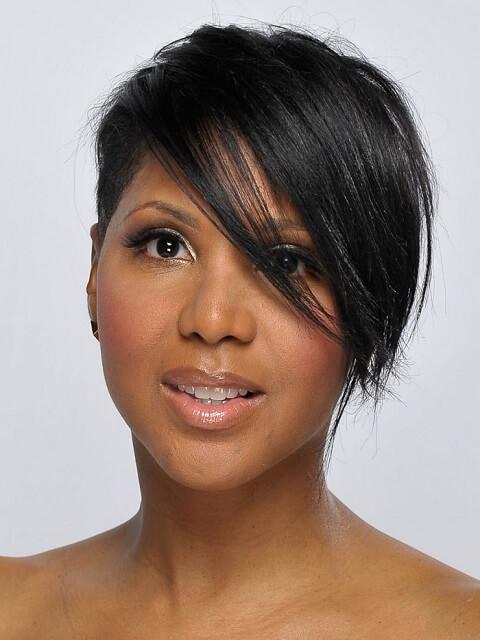 Toni Braxton - Short Celebrity Hairstyles