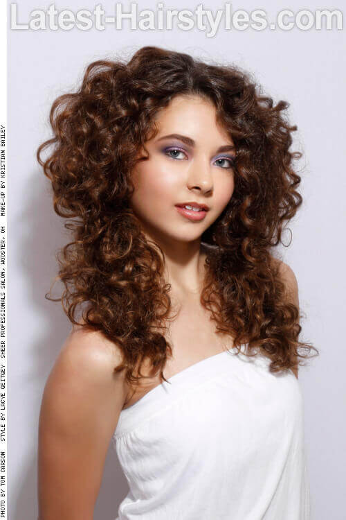 Simple Long Curly Hairstyle Side