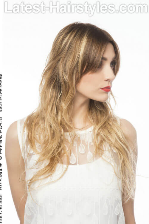 Wavy Blonde Ombre Hairstyle Side