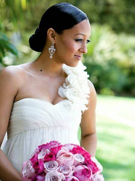 Peachy 5 Celebrity Wedding Hairstyles For Black Women Saying Quoti Doquot Hairstyle Inspiration Daily Dogsangcom