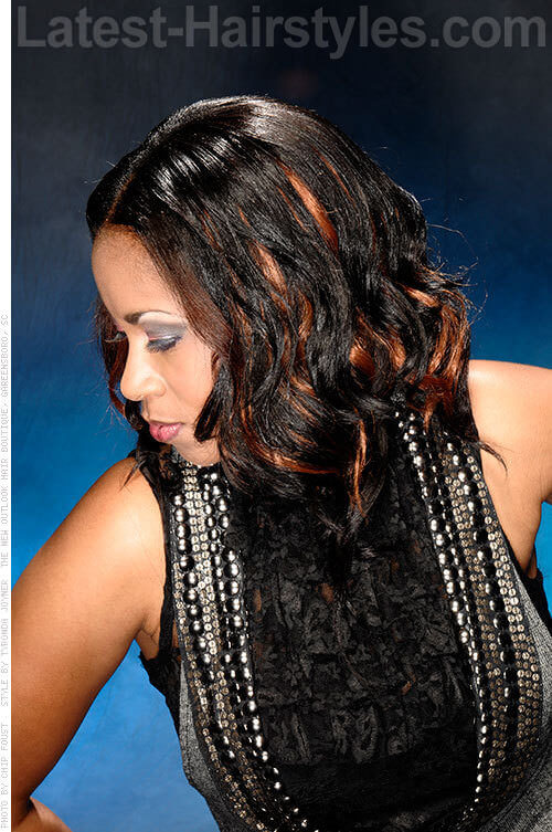 Middle Part with Two-Tone Curls 2