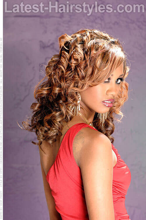 Side Swept Fringe with Surrounding Curls 2