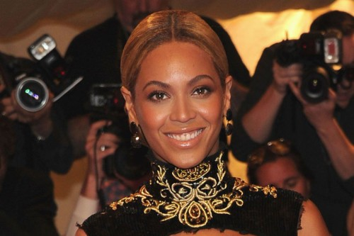 Beyonce's Elegant Low Bun: How to Do It the Right Way