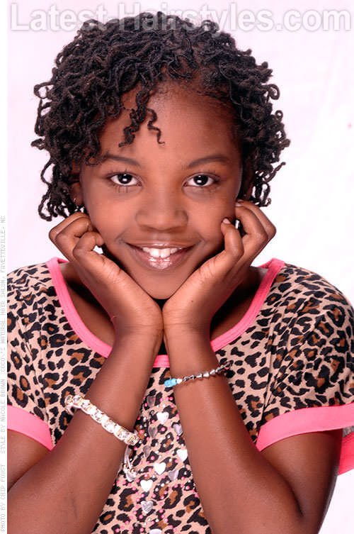 Curly Twist Simple Girls Hairstyles for School 1