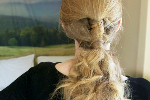 The Airy, Romantic Ponytail