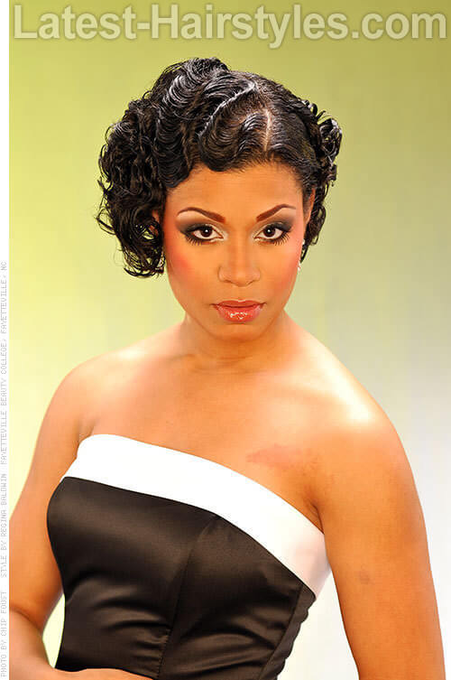 Vintage Hairstyle with Finger Weaves