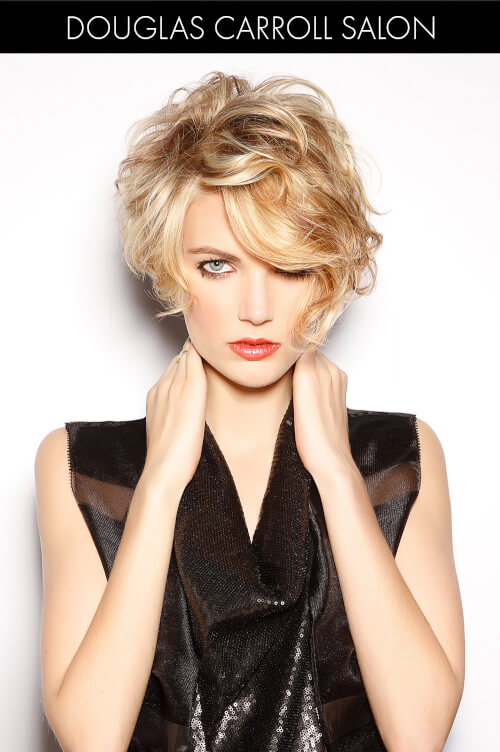 Short Blonde Hairstyle for Winter
