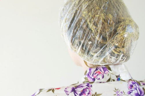 A DIY Avocado Hair Mask Tutorial That Actually Works