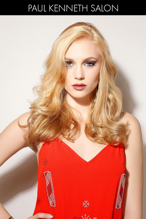 Blonde Hairstyle with Soft Waves
