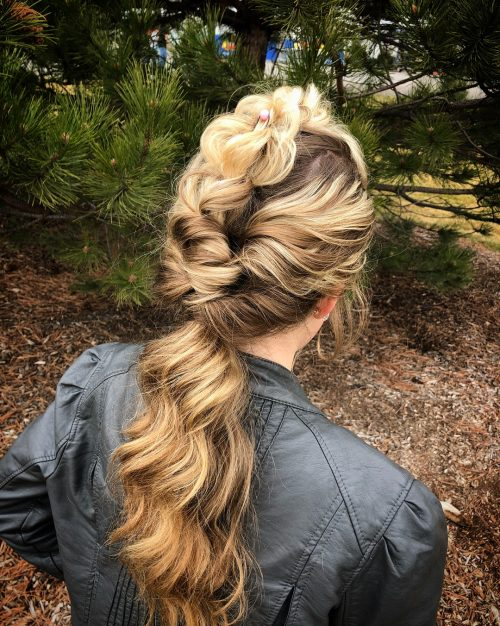 Picture of a 3D pull-through braid fancy hairstyle