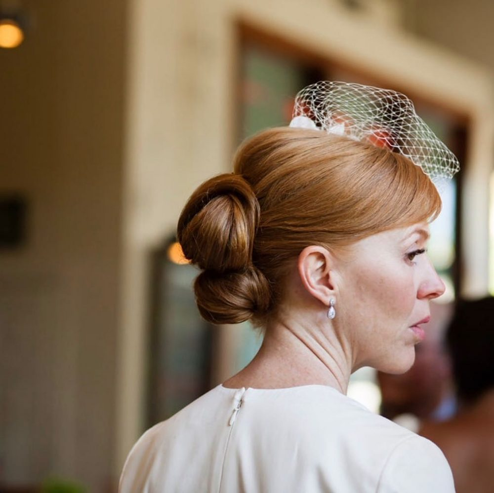60s-Inspired Double Chignon hairstyle