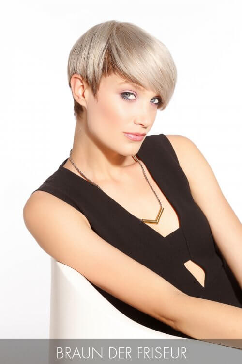 Pixie Hairstyle with Long Layers