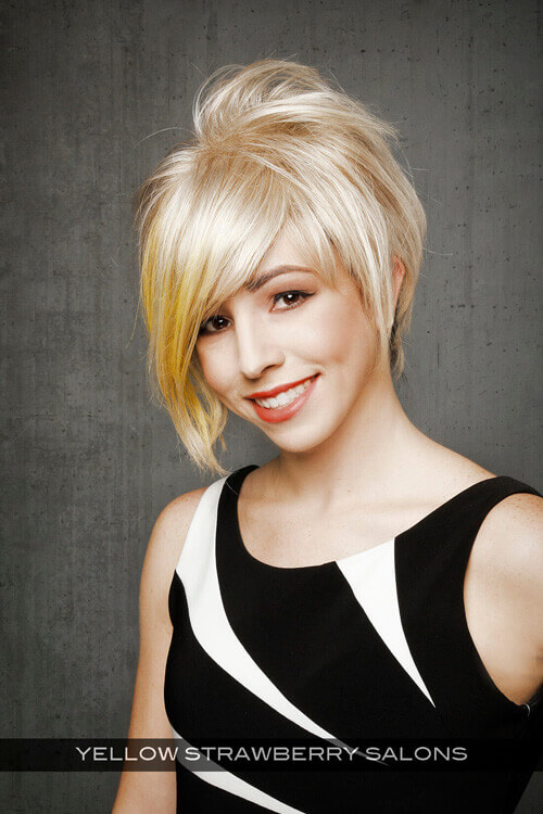 Cute Short Hairstyle for Women with Texture