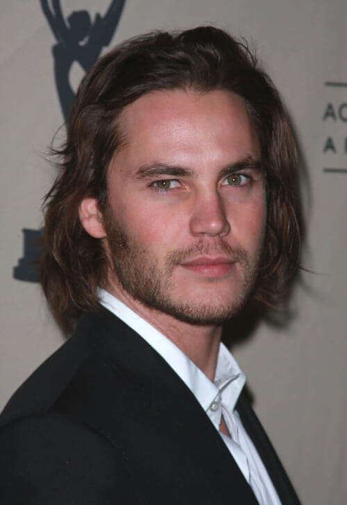 Naturally-Wavy-Hairstyle-for-Men