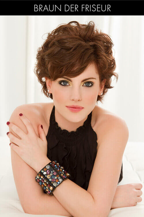 Short Hairstyle with Beachy Waves