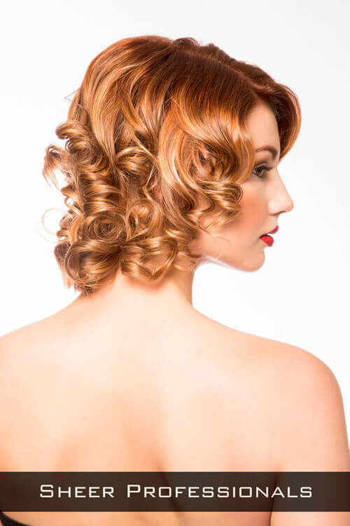 Short Hairstyle with Curls for Round Faces Side