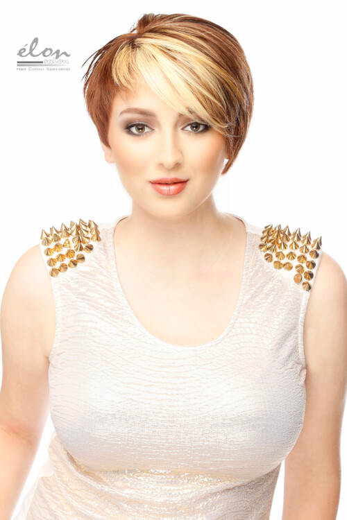 short-hairstyle-with-side-swept-bangs-and-highlights