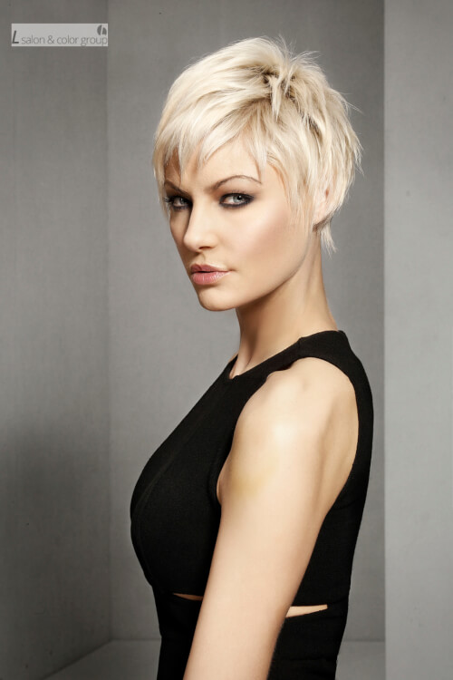short-layered-hairstyle-with-texture