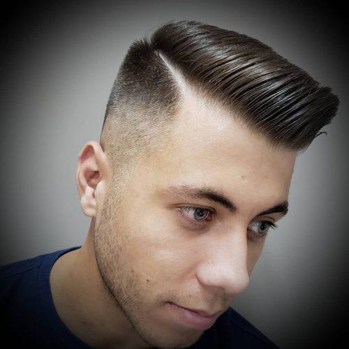 Corte de pelo de parte lateral de alto desvanecimiento
