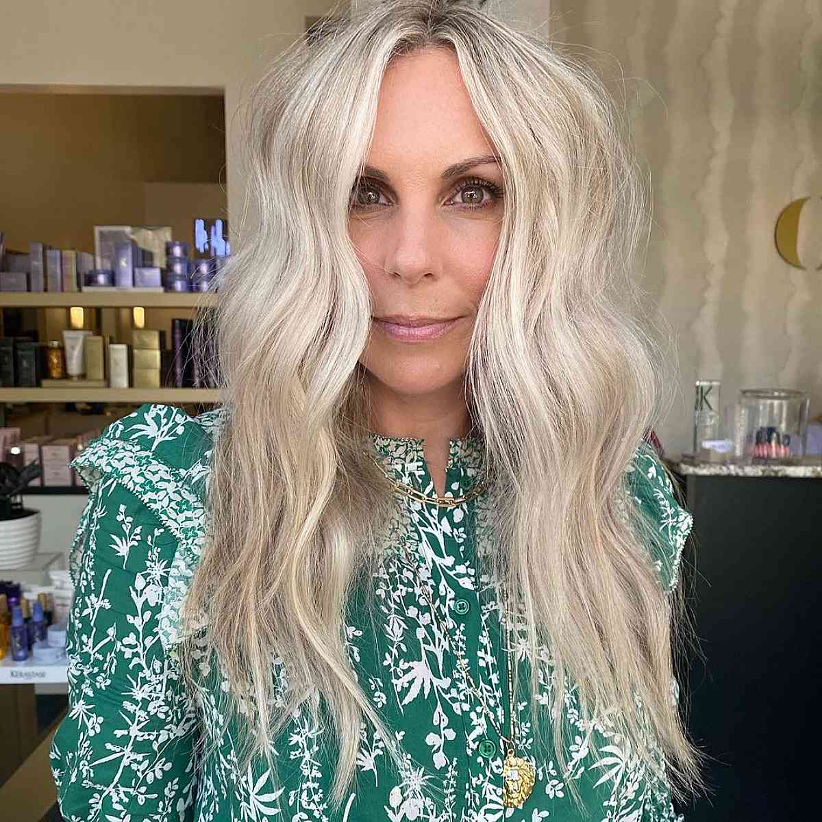 trendy blonde ash hair with lowlights
