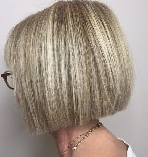 16 best hairstyles for women over 60 to look younger
