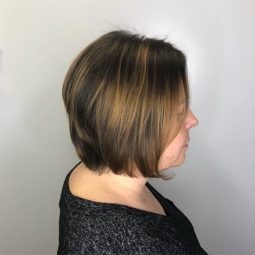 Picture of a brightened up hair plus good chop and caramel highlights