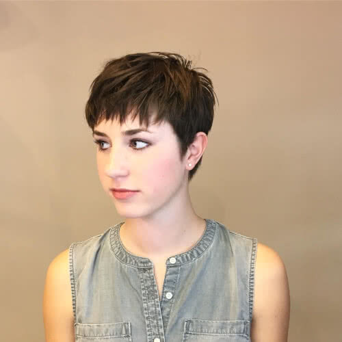carefree-tousled-short-hairstyle
