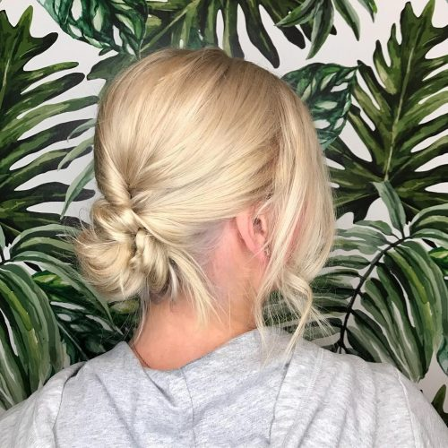 A shoulder length casual updo