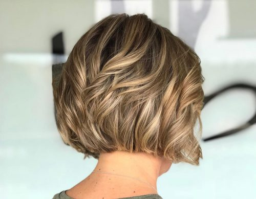 Picture of a chin-length chic a type of haircut
