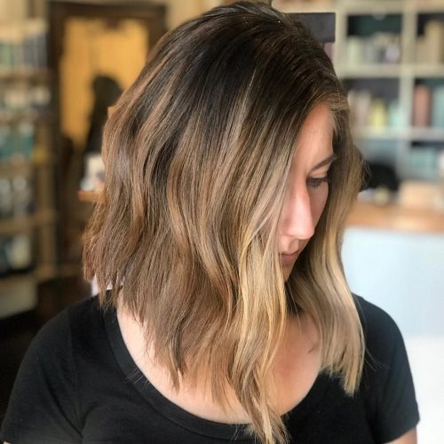 Picture of a choppy hair with natural highlights