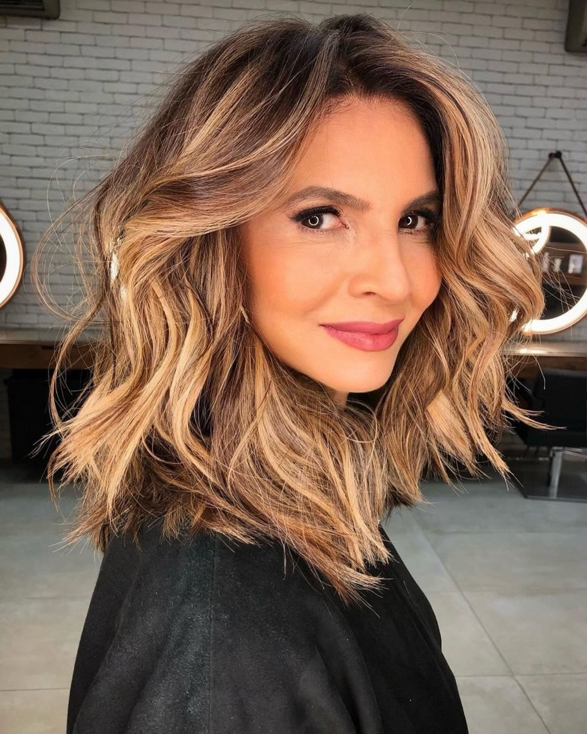 4 Flattering Haircuts for Women Over 4 in 4