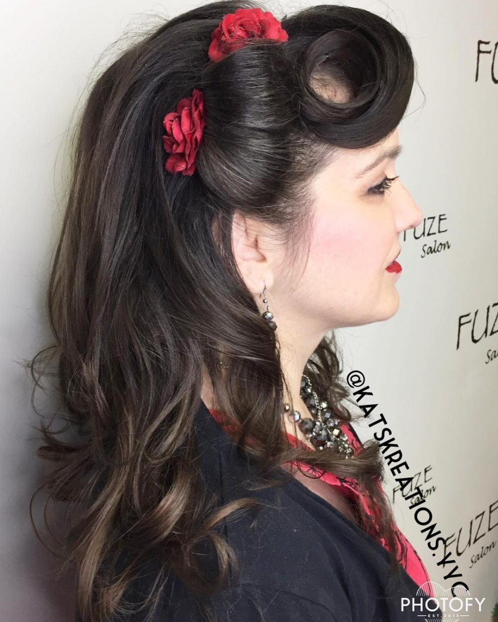 41 pin up hairstyles that scream retro chic tutorials. Black Bedroom Furniture Sets. Home Design Ideas