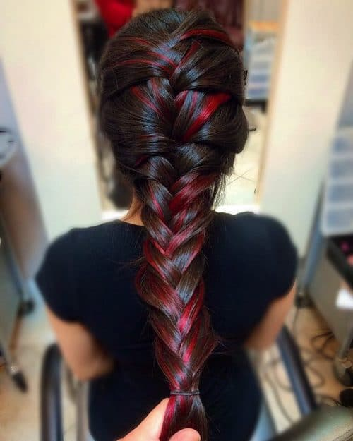 Cool Girl Red hairstyle