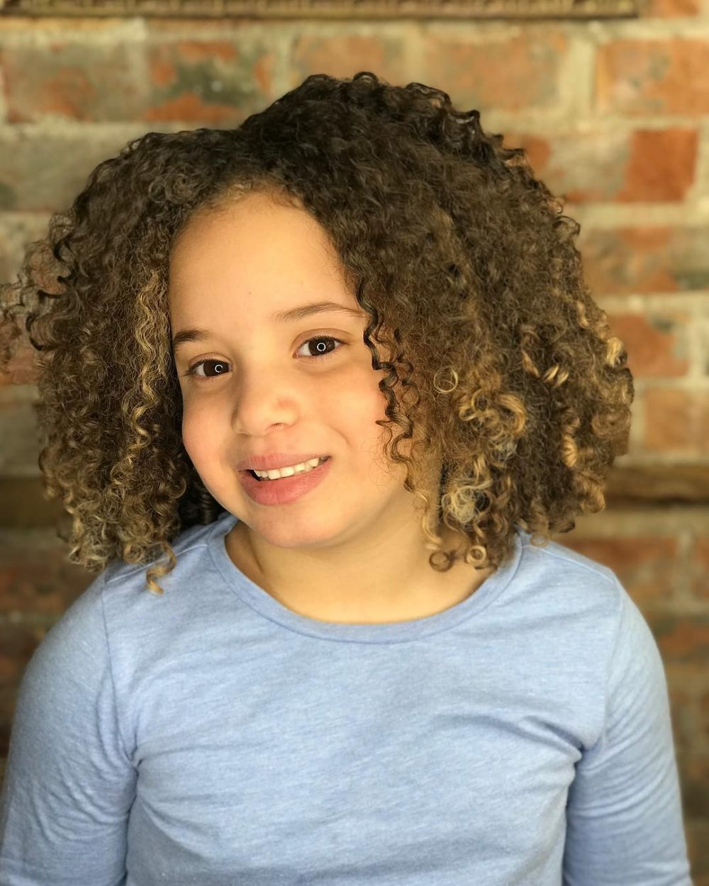 21 Easy Hairstyles For Girls With Curly Hair Little Girls