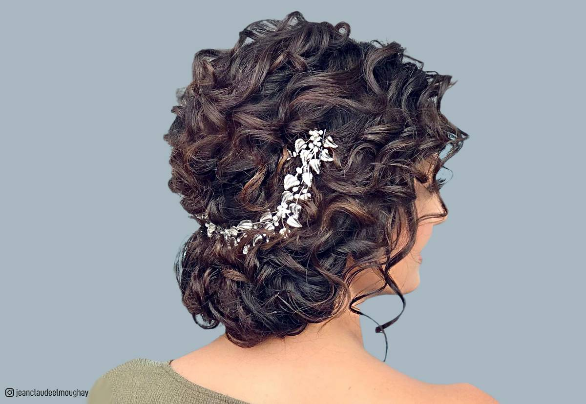 18 Creative And Unique Wedding Hairstyles For Long Hair: 18 Stunning Curly Prom Hairstyles For 2019