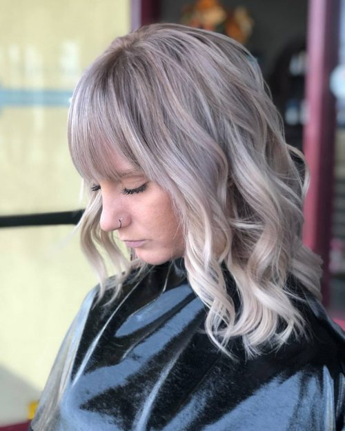 Cute Shoulder Length Haircut for Wavy Hair