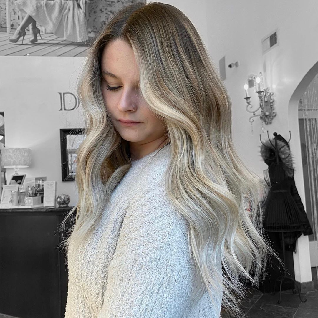 Dark Roots with Ash Blonde Hair Color