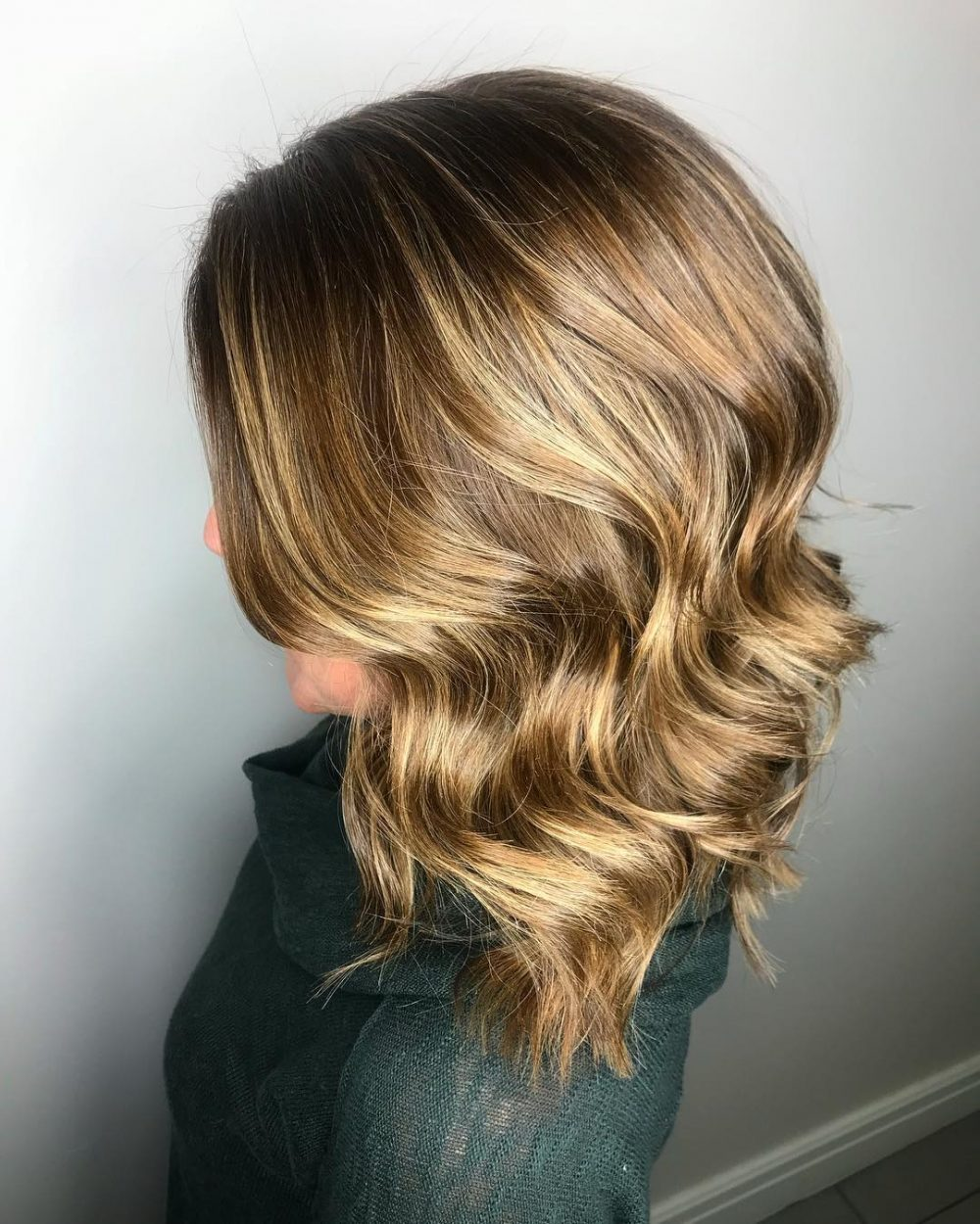 Dimensional Fall Color hairstyle